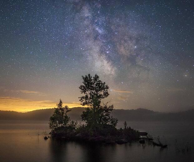 Image principale de l'article 7 endroits où aller guetter les étoiles filantes