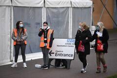 Vers les 15 millions de personnes vaccinées au Royaume-Uni