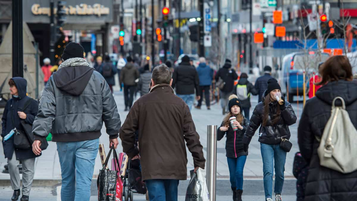 Plusieurs commerces et restaurants toujours fermés au centre-ville de Montréal