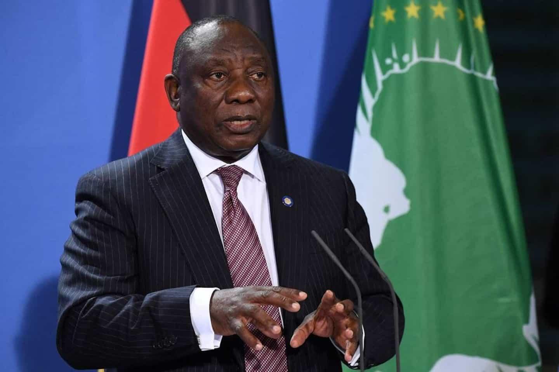 L'Afrique du Sud veut introduire un « passeport vaccinal », assouplit les restrictions sanitaires