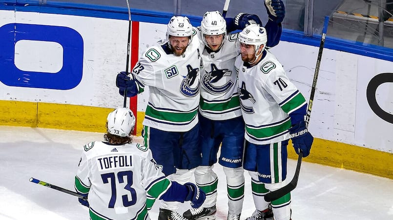 Un nouveau trio parfait chez les Canucks?