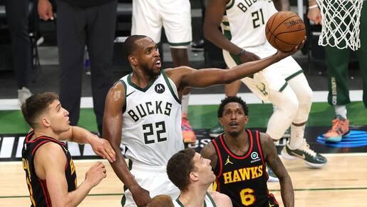 Les Bucks à une victoire de la finale