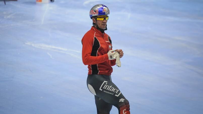 Charles Hamelin retiré des Championnats canadiens