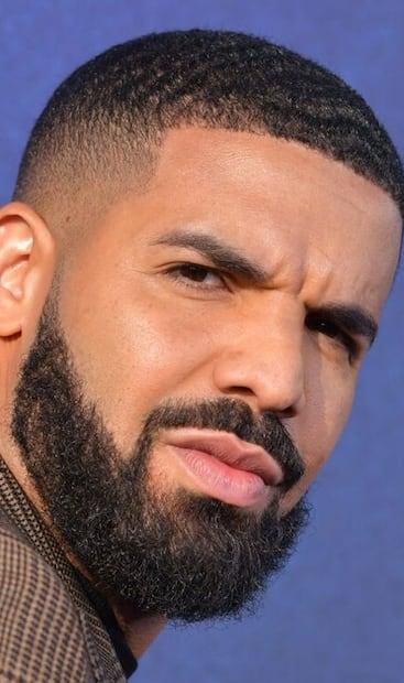 Image principale de l'article Drake a texté avec Billie Eilish