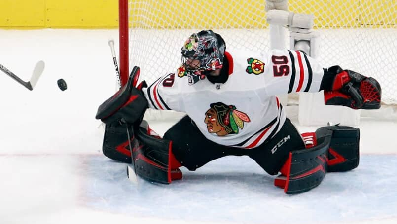 Les Blackhawks font un pas vers Crawford