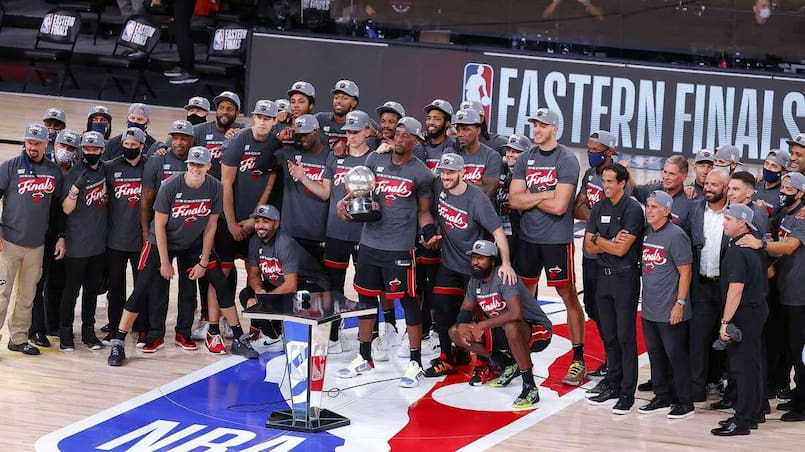 Le Heat rejoint les Lakers