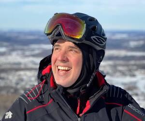 Image principale de l'article Gino a fait une glissade de neige pour ses enfants