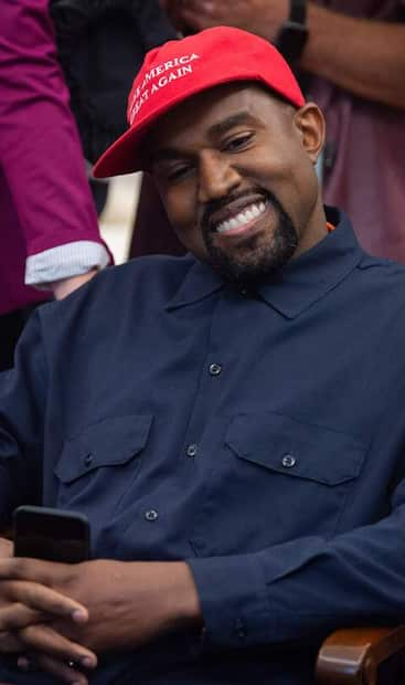 Image principale de l'article Kanye West se présente à la présidence