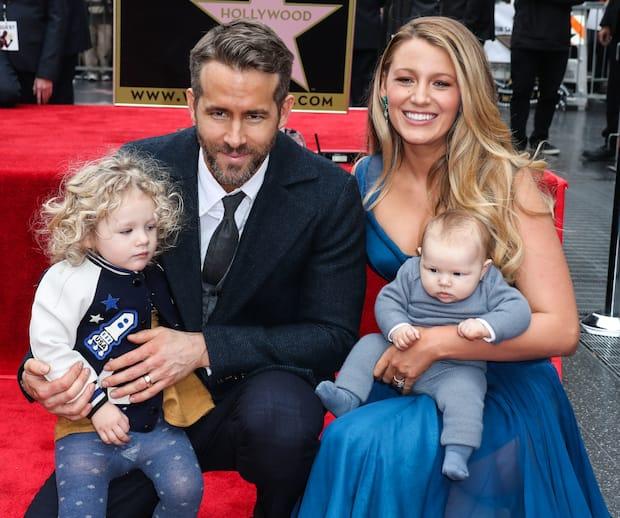 Image principale de l'article Ryan Reynolds, confiné avec 5 filles!