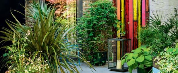 Image principale de l'article 7 travaux de jardinage à faire à la mi-saison