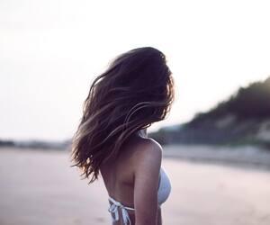 Image principale de l'article Des produits pour avoir de beaux cheveux l'été