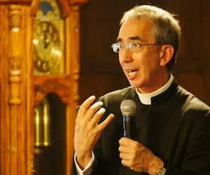L'abbé Daniel Couture, supérieur de la congrégation