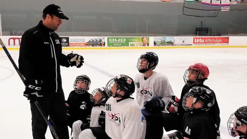 Les écoles de hockey nagent dans l'incompréhension