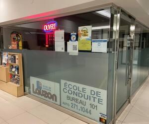 Les locaux de l'école Lauzon sont fermés, mais son propriétaire donnera tout de même des cours en ligne gratuits pendant la pandémie.