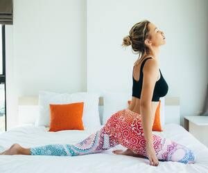 Image principale de l'article Les postures de yoga qui soulagent le mal de dos