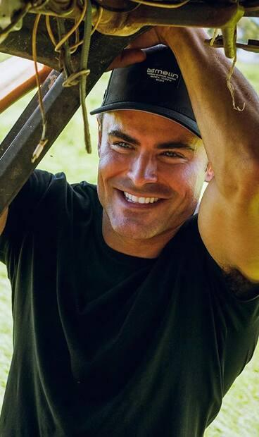 Image principale de l'article Zac Efron publie une photo de lui-même en bédaine