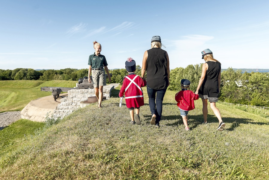 Visite Sous La Terrasse Dufferin : 5 choses u00e0 faire pour les 150 ans du Canada JDQ