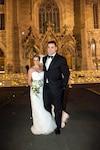 Éric Lindros a épousé la Québécoise Kina Lamarche lors d'une cérémonie dans une église d'Outremont, hier.
