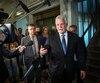 «Je suis obligé de dire que c'est ce qu'il est (une menace). C'est tellement absurde ce qu'il fait actuellement», a déploré le premier ministre Philippe Couillard.