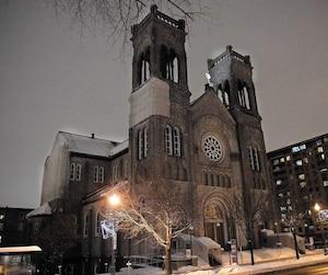 La rénovation de l'église du Très-Saint-Sacrement, sur le chemin Sainte-Foy, coûterait 3M$. La fabrique n'est plus capable d'assumer ces coûts et mettra l'édifice en vente.