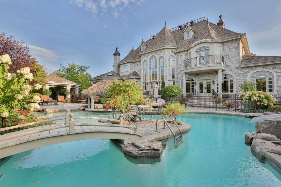 Un château de rêve à vendre à Candiac | JDM