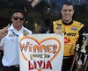 Alex Labbé avait préparé une affiche pour Livia qui avait manifesté le désir de le rencontrer. La rencontre a été annulée puisqu'elle a été admise à l'Institut de cardiologie. Alain Lord Mounir, copropriétaire de Go Fas Racing, a tenu aussi à lui souhaiter un prompt rétablissement.