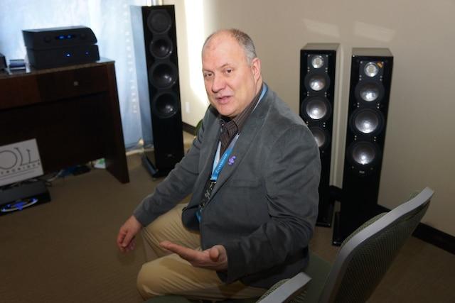 Mario Gagnon, propriŽtaire de la boutique Audio dÕoccasion
