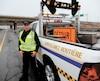 Patrick de Rosa, chef d'équipe et patrouilleur de surveillance routière, déplore le manque de respect du corridor de sécurité.