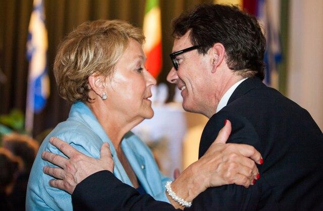 Avec Pauline Marois qui l'a convaincu de faire le saut en politique active.