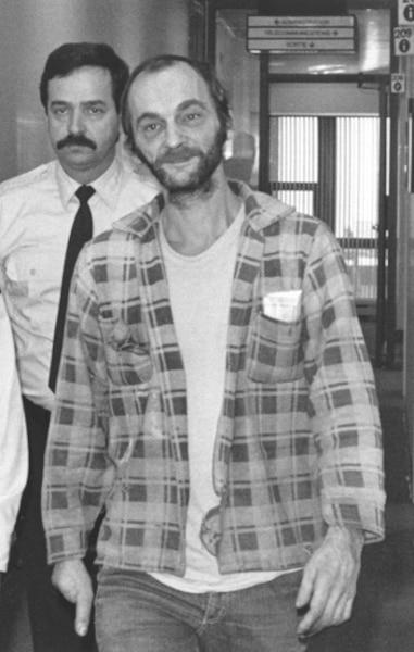 Vital Lemire, «l'homme au pouce magique», a avoué à Claude Poirier le meurtre de Roger Roy.