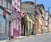 Une rue de Valparaiso, parmi les villes les plus colorées du monde.