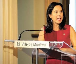 Je suis convaincu que la mairesse de Montréal (<i>à gauche</i>) fait de très grosses semaines. Je n'ai aucune raison de penser que le maire d'Alma (<i>à droite</i>) travaille moins qu'elle.
