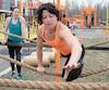 Hélène Dumais s'entraîne une dizaine d'heures par semaine pour être prête à tout affronter dans des épreuves d'endurance. Elle a généreusement partagé temps et conseils.