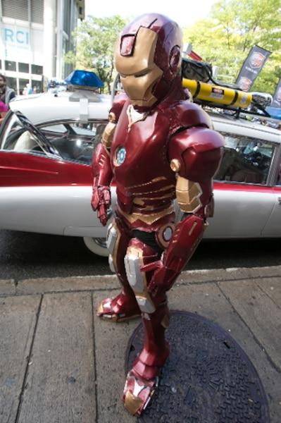 Iron Man était lui aussi de l'événement d'ouverture. Le personnage de Marvel était ici campé par Guillaume Perrin.