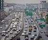 Si la voiture pollue beaucoup moins si on se compare à 1990, on remarque une hausse marquée de la pollution des camions lourds et légers.