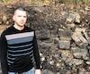 Régis Grégoire est retourné mardi sur les lieux de l'accident, où des rochers sont noircis par le feu, dans le parc de la Gatineau.