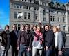 Anne Guérette s'est entourée de ses candidats, lundi après-midi, pour projeter une image d'unité du parti derrière elle.
