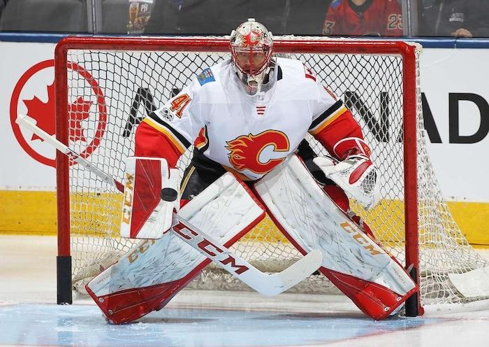 Le gardien des Flames de Calgary Mike Smith.