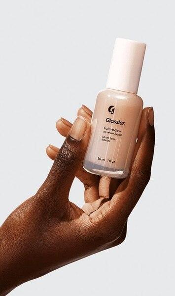 Image principale de l'article Ce produit est le secret d'une peau lumineuse