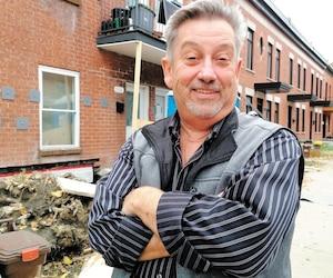 Michel Morin, un ex-travailleur de MABE, est parti de rien, mais il a réussi à s'enrichir en vue de la retraite avec ses investissements immobiliers.