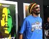 Les variétés de pot de Snoop Dogg pourraient se retrouver sur les tablettes des boutiques de cannabis au Québec, grâce à un partenariat avec le producteur Canopy Growth.