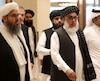 Sher Mohammad Abbas Stanikzai (à droite)