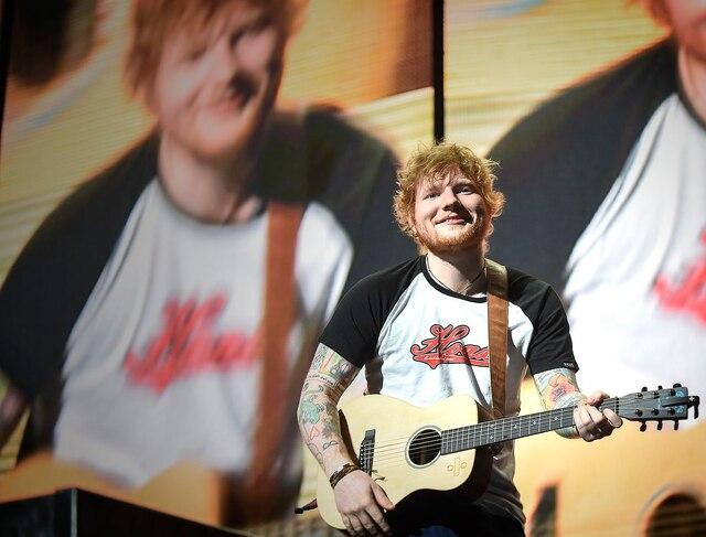 L'auteur-compositeur-interprète Ed Sheeran était de passage au Centre Vidéotron mardi soir.