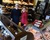 Patrick Nisot et Leith Browne, de la Boîte à pain, estiment que le secteur du Grand Marché est un site naturel pour leur clientèle qui est déjà nombreuse dans Limoilou.