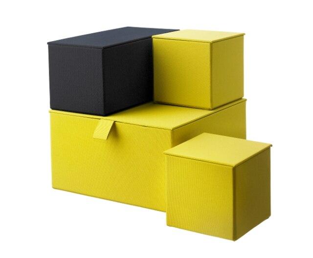 jaune moutarde le journal de montr al. Black Bedroom Furniture Sets. Home Design Ideas