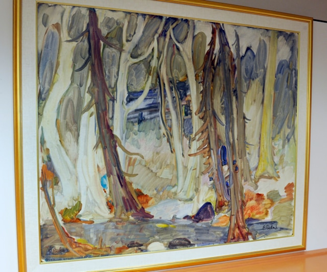 La valeur des tableaux ornant les murs de lancien hôtel de ville de Sainte-Foy totalise environ 100 000$. Cette huile sur masonite du peintre René Richard est l'une des plus belles oeuvres ornant les murs de lancien hôtel de ville. Elle est évaluée à environ 40 000 $.