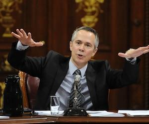 Thierry Vandal, président-directeur général d'Hydro-Québec, a annoncé hier à ses employés son intention de démissionner.