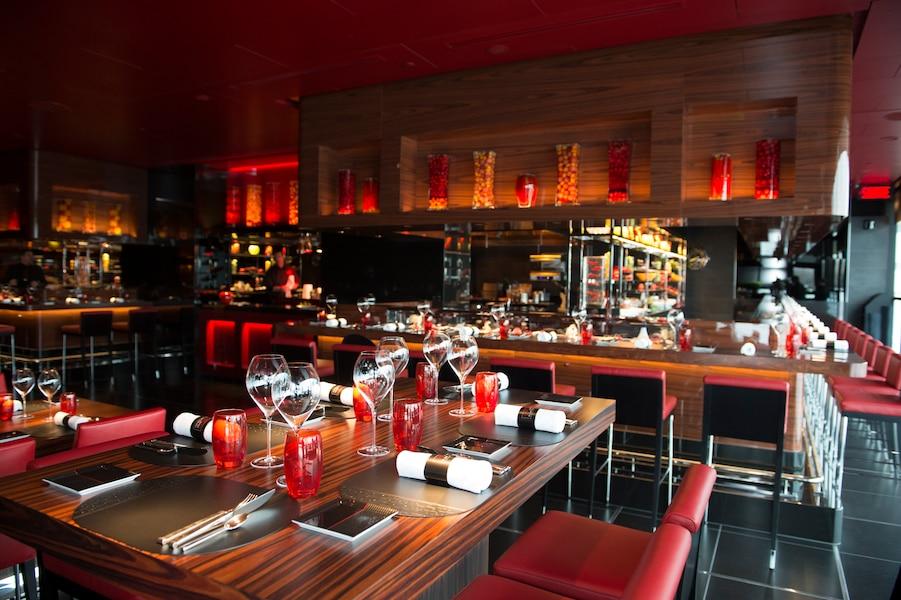 L atelier robuchon un restaurant cinq toiles jdm for La salle a manger montreal menu