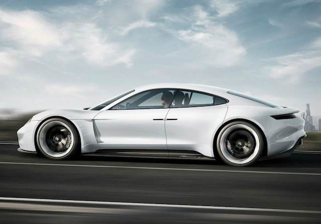 Porsche dévoile le nom de sa première voiture électrique | JDM