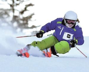 Avant de prendre part à un point de presse, les membres de l'équipe régionale Skibec Alpin ont tenu un entraînement au centre de ski Le Relais, à Lac-Beauport.